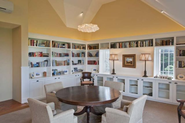 upstairs-library-0611